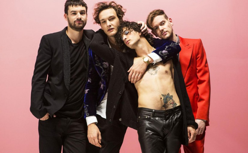Video: The 1975 – Somebody Else